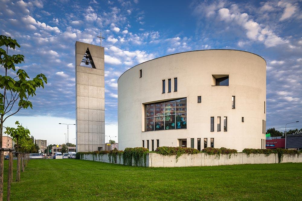 Ostrava – Zábřeh nový kostel Sv.Ducha