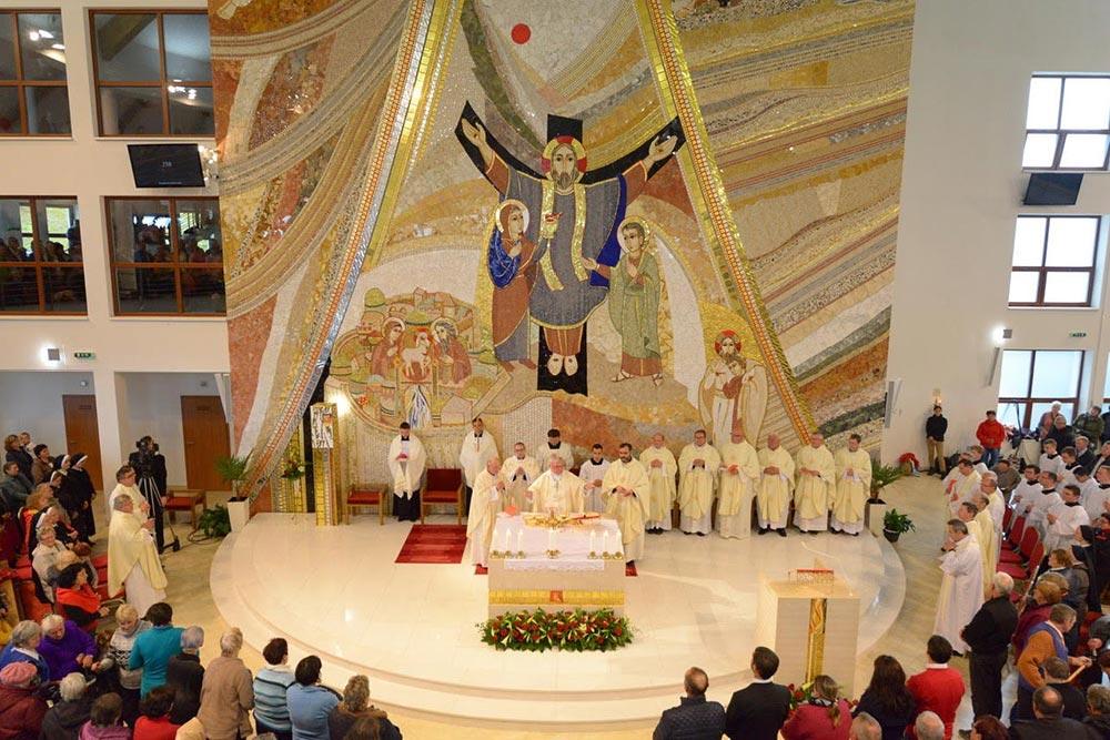 Chrám Panny Marie Matky církve na Živčákové